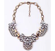 Жен. Заявление ожерелья Кристалл В форме цветка Уникальный дизайн Серый Темно-зеленый Бижутерия Для Повседневные 1шт