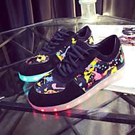 kvinnor ledde skor USB-laddnings mode sneakers utomhus / atletisk / tillfällig svart