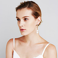Damskie Kolczyki Ustaw Pearl imitacja Geometryczny Modny Osobiste euroamerykańskiej Wyrazista biżuteria Niedopasowanie Sexy MiedźCircle