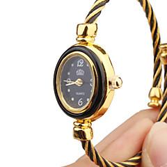 Женские Модные часы Часы-браслет Кварцевый Металл Группа Кольцеобразный Черный Золотистый