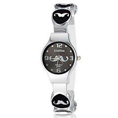 Kvinnors Söt Mustasch Pattern Round Dial Alloy Band LCD Digital Fashion Watch (Blandade färg)