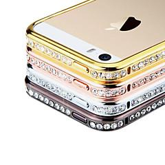 Parfum cas de vue de diamant de Rhinstone de butoir en métal pour l'iPhone 5/5S (couleurs assorties)