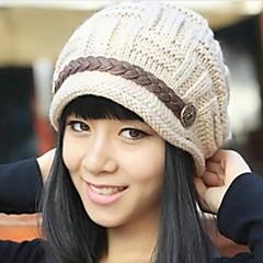 여성의 따뜻한 겨울 니트 모자