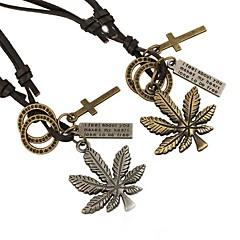 Men's European Style Retro Fashion New Leather Maple Necklace