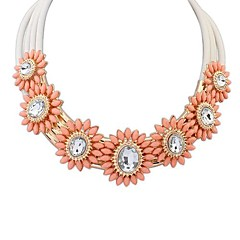 Europen And American Fashion New Necklace(Color Random)