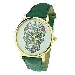 reloj análogo de cuarzo estilo punky del cráneo del vestido de las mujeres (colores surtidos)