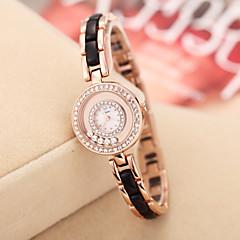 goldene Strass Fall Quarz Analog Armband Armbanduhr sinobi Frauen (verschiedene Farben)