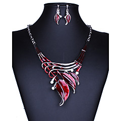 Dame Smykke Sæt Dråbeøreringe Halskædevedhæng Mode Statement-smykker Vintage Europæisk kostume smykker Ædelsten Krystal Bladformet Smykker