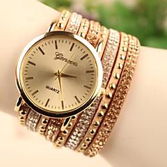 Da donna Orologio alla moda Orologio braccialetto Quarzo Orologio casual Pelle Banda Nero Bianco Oro Bianco Nero Dorato