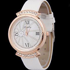 Momen's Rome Dial Diamond Quartz Watch Cool Watches Unique Watches
