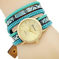 Women's Fashion Quartz Bracelet Watch Leather Belt Round Dial Watch Cool Watch Unique Watch(Assorted Colors)