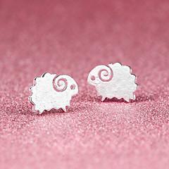 Κουμπωτά Σκουλαρίκια χαριτωμένο στυλ Επάργυρο Animal Shape Πρόβατο Ασημί Κοσμήματα Για Πάρτι Halloween Καθημερινά Causal 1 ζευγάρι