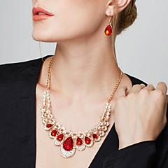 Női Ékszer készlet Függők Nyilatkozat nyakláncok Fülbevaló Partedli nyakláncok Divat Európai elegáns luxus ékszer jelmez ékszerek Drágakő