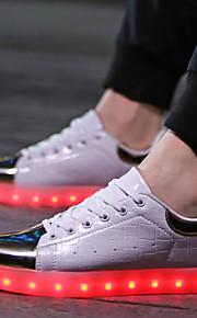 Sko-Kunstlær-Flat hæl-Komfort-Trendy sneakers-Sport / Fritid-Svart / Hvit