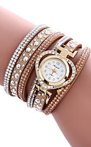 Mulheres Relógio de Moda / Bracele Relógio Quartz / PU Banda Casual / Legal Preta / Branco / Azul / Vermelho / Bege marca