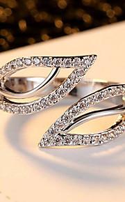 Ringe Bladformet Euro-Amerikansk Fest Daglig Afslappet Smykker Legering Ring 1 Stk.,En størrelse Hvid