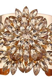 Dame Manchetarmbånd Smykker Punk Stil Mode Vintage Ædelsten Legering Geometrisk form Guld Sølv Smykker For Speciel Lejlighed 1 Stk.